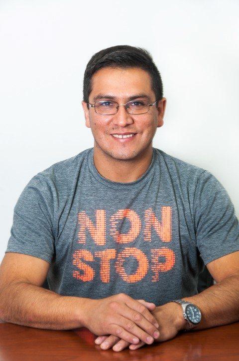 César Vega - Jefe de Impresión